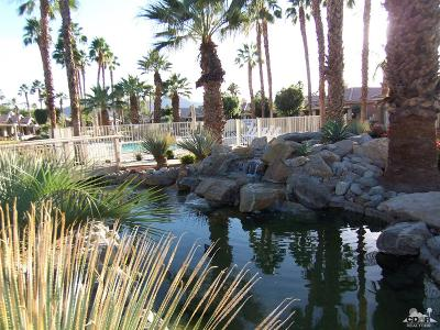 Palm Desert Condo/Townhouse For Sale: 42605 Edessa Street
