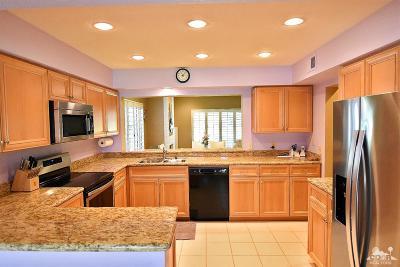 Desert Falls C.C., Desert Falls Estates, Desert Falls The Lin Condo/Townhouse For Sale: 746 Vista Lago Drive North