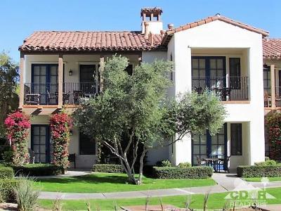 La Quinta Condo/Townhouse For Sale: 77726 Heritage Drive
