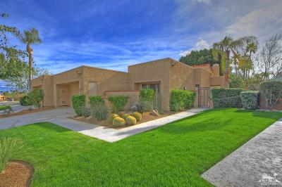 Palm Desert Condo/Townhouse For Sale: 73125 Ajo Lane