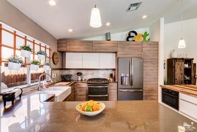 La Quinta Single Family Home For Sale: 51733 Avenida Carranza