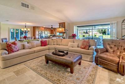Palm Desert Condo/Townhouse For Sale: 92 Conejo Circle