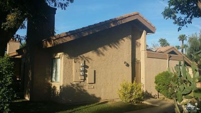 Indio Condo/Townhouse For Sale: 47395 Monroe Street #114