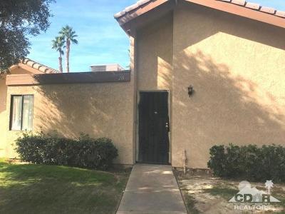 Indio Condo/Townhouse For Sale: 47395 Monroe Street #218