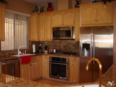 Indian Wells Condo/Townhouse For Sale: 45505 Pueblo Road