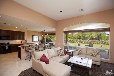 La Quinta Condo/Townhouse For Sale: 48225 Casita Drive