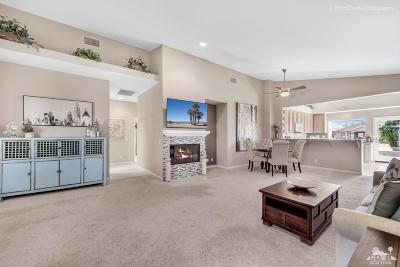 Indio Single Family Home Contingent: 45171 Eagle Crest Court