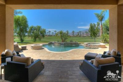 Mountain View CC Single Family Home For Sale: 80135 Via Valerosa