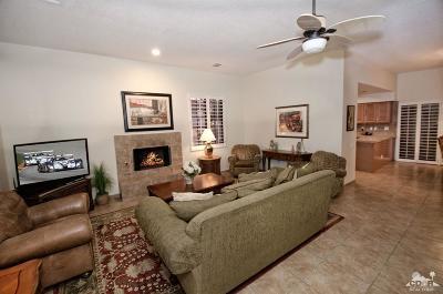 La Quinta Condo/Townhouse For Sale: 77329 Avendia Fernando