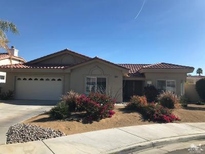 Palm Desert Single Family Home For Sale: 40680 Baranda Court