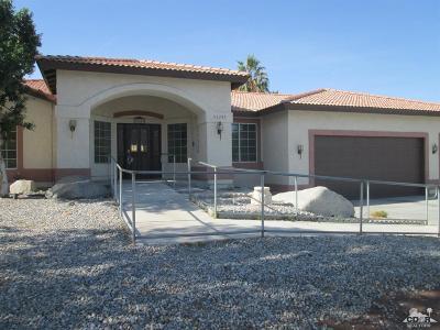 La Quinta Single Family Home For Sale: 53245 Avenida Martinez