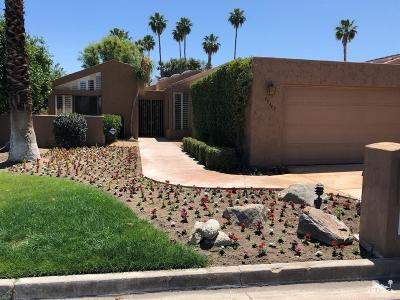 Palm Desert Condo/Townhouse For Sale: 73403 Boxthorn Lane