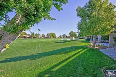 Palm Desert Condo/Townhouse For Sale: 212 Wagon Wheel Road