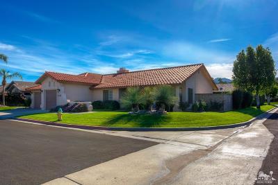 Palm Desert Single Family Home For Sale: 75335 La Cresta Drive Drive