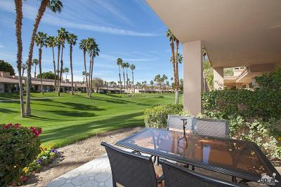 Palm Desert Condo/Townhouse For Sale: 76677 Bgonia Lane