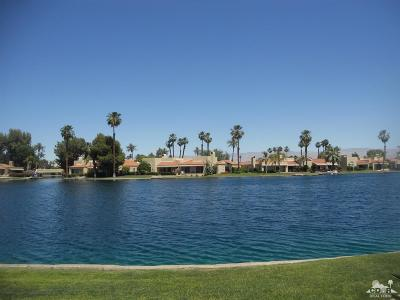 Rancho Mirage Condo/Townhouse For Sale: 94 Lakeshore Drive Drive