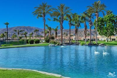 Rancho Mirage Condo/Townhouse For Sale: 55 Lake Shore