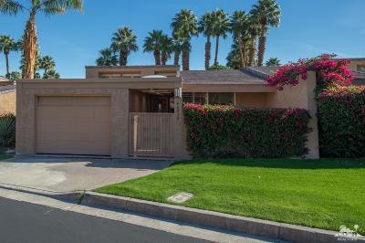 Palm Desert Condo/Townhouse Contingent: 48930 Phlox Place
