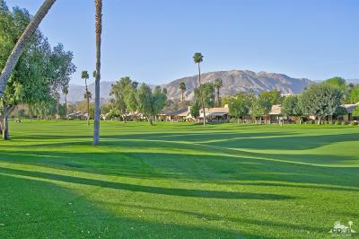Palm Desert Condo/Townhouse For Sale: 237 West Serena Drive