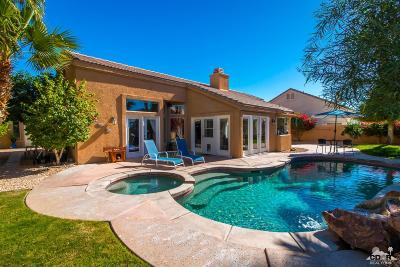 La Quinta Single Family Home Contingent: 45305 Desert Fox Drive