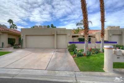 Rancho Mirage Condo/Townhouse For Sale: 261 Kavenish Drive