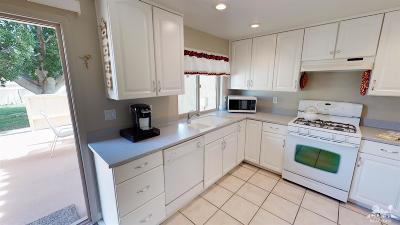 Palm Desert Condo/Townhouse For Sale: 73147 Alice Marble Ln. Lane