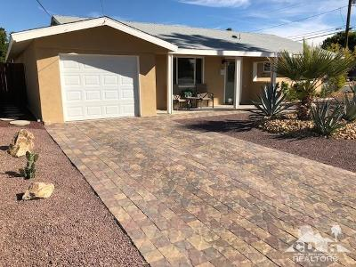 Palm Desert Country Single Family Home Contingent: 77310 Indiana Avenue