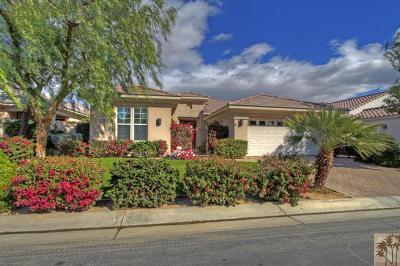 Mountain View CC Single Family Home For Sale: 80530 Via Terracina