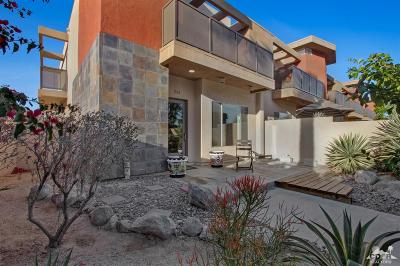 Palm Springs Condo/Townhouse For Sale: 1502 North Via Miraleste