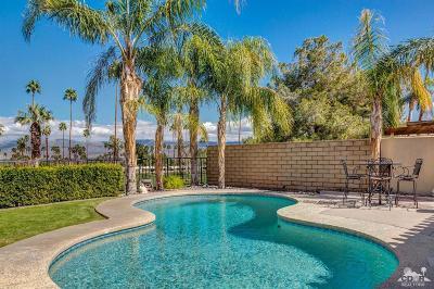 Palm Desert Single Family Home For Sale: 73530 Grapevine Street