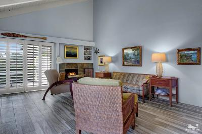 Rancho Mirage Condo/Townhouse Contingent: 448 Sunningdale Drive