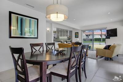 Palm Springs Condo/Townhouse For Sale: 2033 East Ramon Road #18