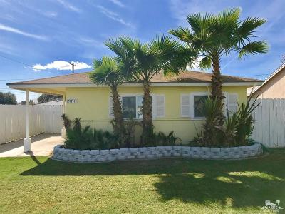 Single Family Home For Sale: 371 Palm