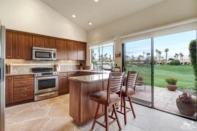 Palm Desert Condo/Townhouse For Sale: 76648 Pansy Circle