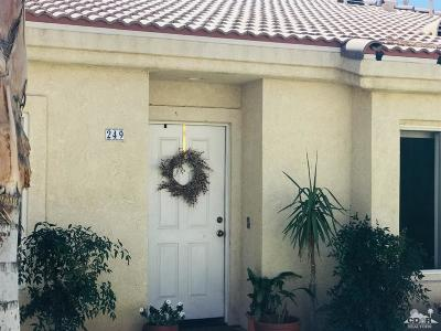 Indio Condo/Townhouse Contingent: 47395 South Monroe Street #249
