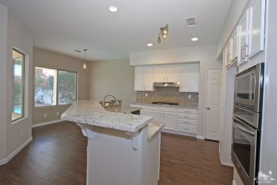La Quinta Single Family Home Contingent: 44800 Calle Santa Barbara