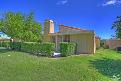 Rancho Mirage Condo/Townhouse Contingent: 39703 Burton Drive