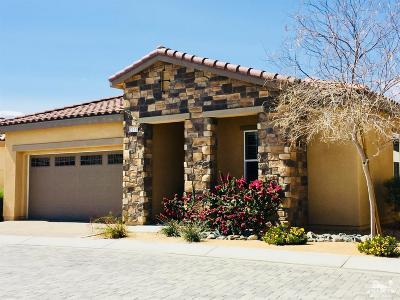 Villa Portofino Single Family Home For Sale: 3911 North Via Amalfi Street
