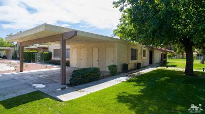 Indio Condo/Townhouse For Sale: 82191 Waring Way