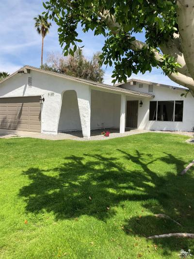 La Quinta Single Family Home Contingent: 51300 Avenida Carranza
