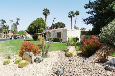 Indio Condo/Townhouse For Sale: 48910 Eisenhower Drive