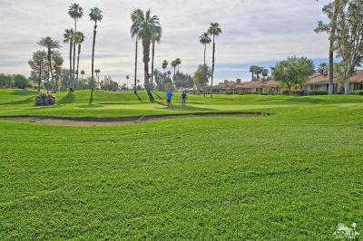 Palm Desert Condo/Townhouse For Sale: 122 Giralda Circle