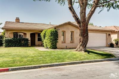 La Quinta Single Family Home Contingent: 79311 Sierra Vista