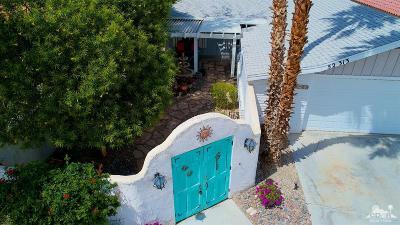 La Quinta Single Family Home For Sale: 52313 Avenida Madero
