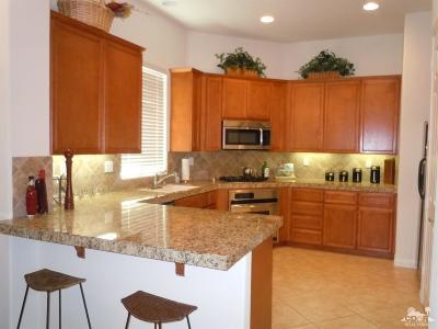La Quinta Single Family Home For Sale: 80919 Via Puerta Azul