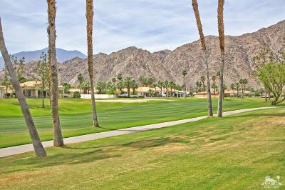 La Quinta Condo/Townhouse For Sale: 54057 Oakhill