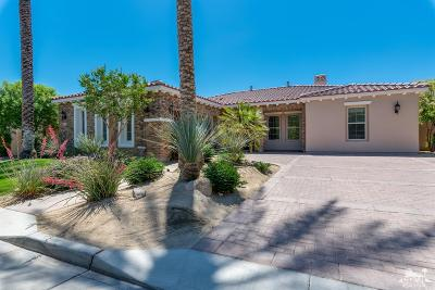 Indian Wells Single Family Home Contingent: 76159 Via Fiore