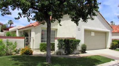 Palm Desert Condo/Townhouse For Sale: 43655 Calle Las Brisas West