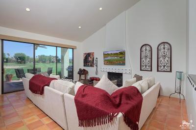 La Quinta Condo/Townhouse For Sale: 54713 Inverness Way
