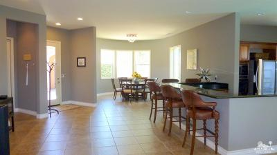 Palm Desert Single Family Home Contingent: 40532 Corte Placitas
